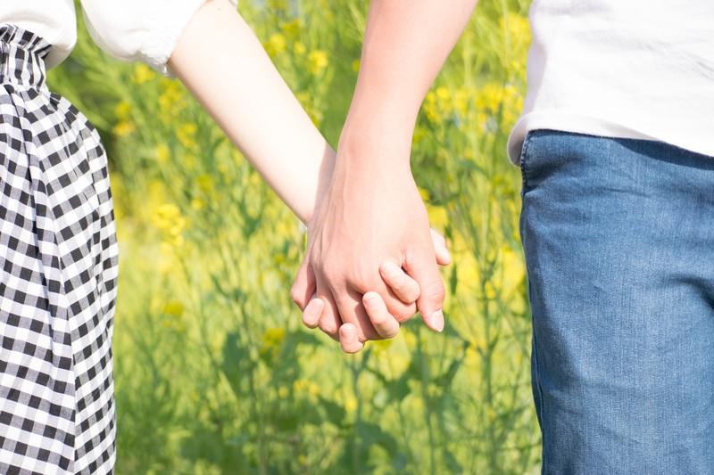 両思い確定 告白待ちの女性がつい出してしまう8つのサイン 婚活ネット