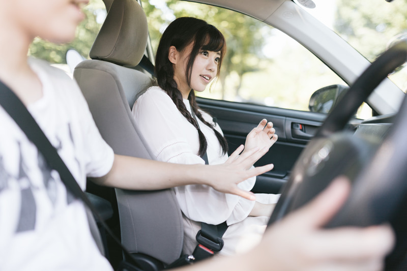 ドライブデートでどきっとする女性